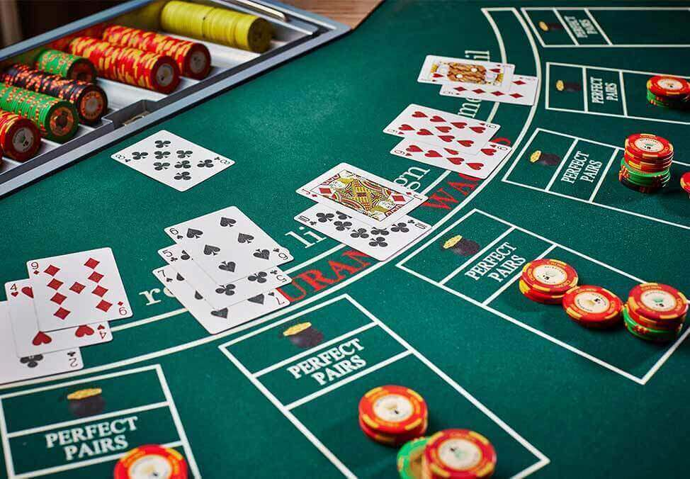 Six Most Well Guarded Secrets About Casino